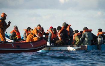 5c38738a68126_Ankerherz-Blog-Sea-Eye-Rettung-Fischerboot-1-1-700x467
